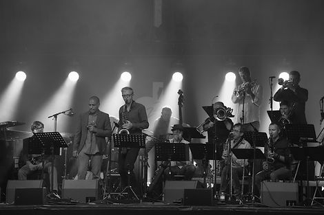 Gregoire Maret & Jazz Station Big Band