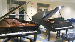 平台鋼琴調音