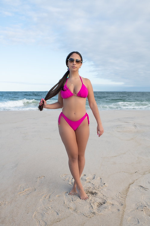 Lenny's pink Ibiza bikini