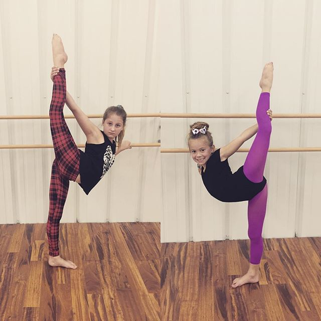 Bookends! #flexy #vdc #villadancecompany