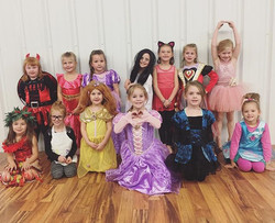 #VDC #costumeweek #danceclassfun