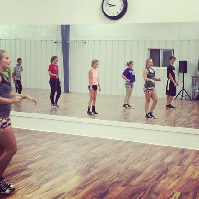 Our level 6 hiphop having fun in class  #movedin #villadancecompany #vdc