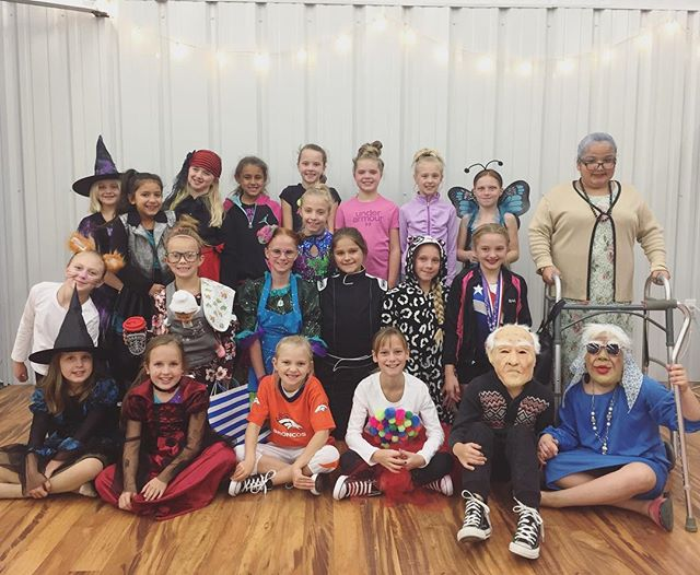 #VDC #costumeweek #danceclassfun #thesekidsareahoot