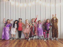 #VDC #costumeweek #girlsrule #lildivas
