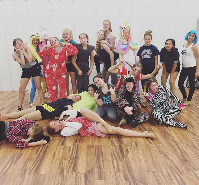#VDC #costumeweek #danceclassfun #lovethesekids