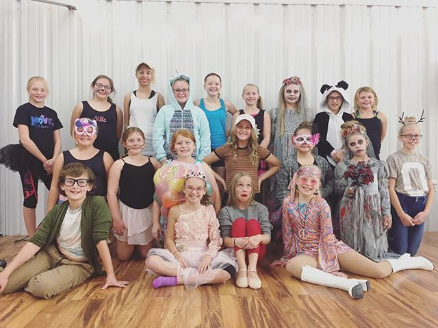 #VDC #danceclassfun #costumeweek #beautifulkids #halloweenfun