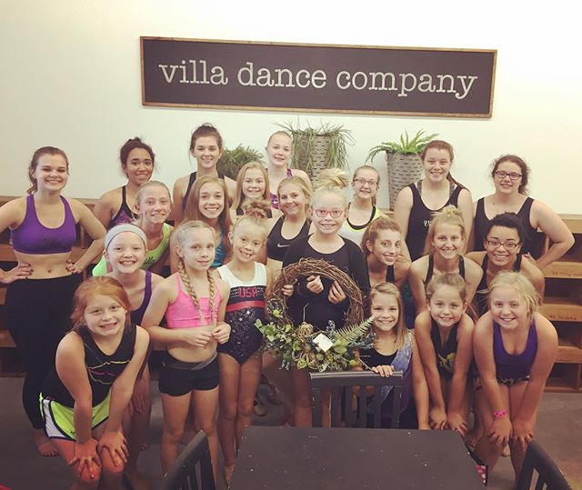 What a beautiful surprise! Thank you to our friends at Salute Gymnastics for the beautiful wreath!