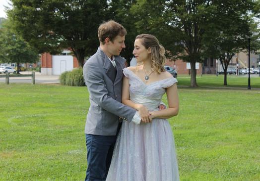 Cyrano - couple 1.png