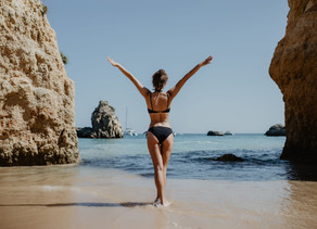 How to Safely Manage Your Pregnancy Spray Tan - Our Guide