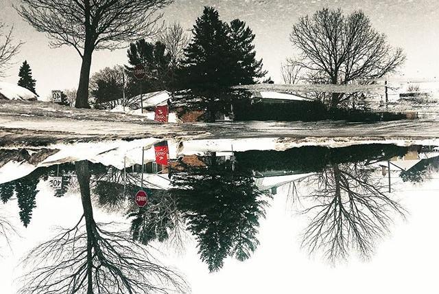 Urban reflection #upsidedown #dayfornigh