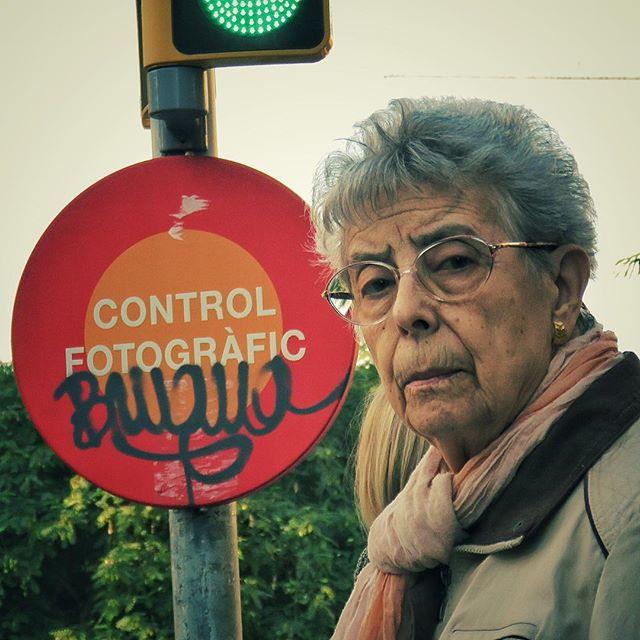 #barcelona #streetphotography #controlfo