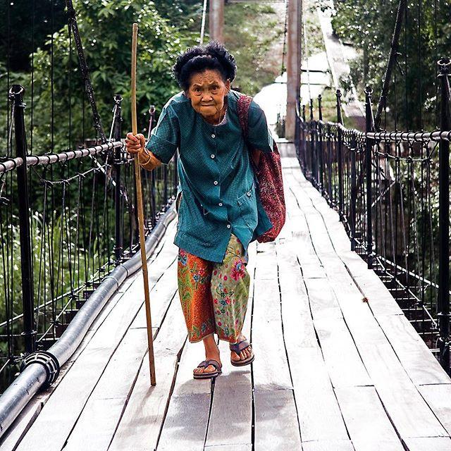 #oldlady #bridge #thailand #kanchanaburi