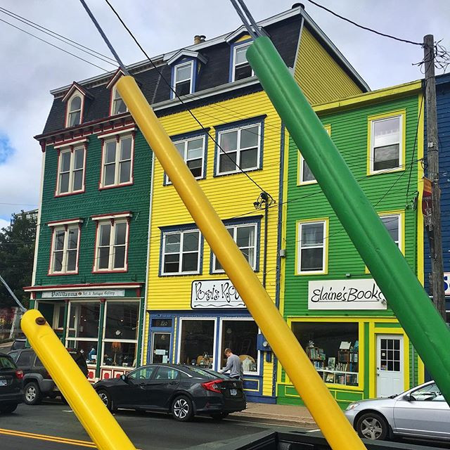 green & yellow #stjohns #colorstyle
