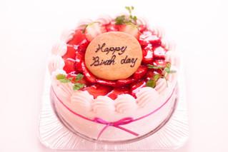 デコレーションケーキ、お誕生日ケーキのご案内