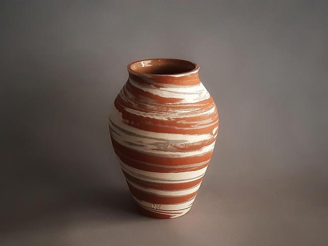 C19 Crater marble vase