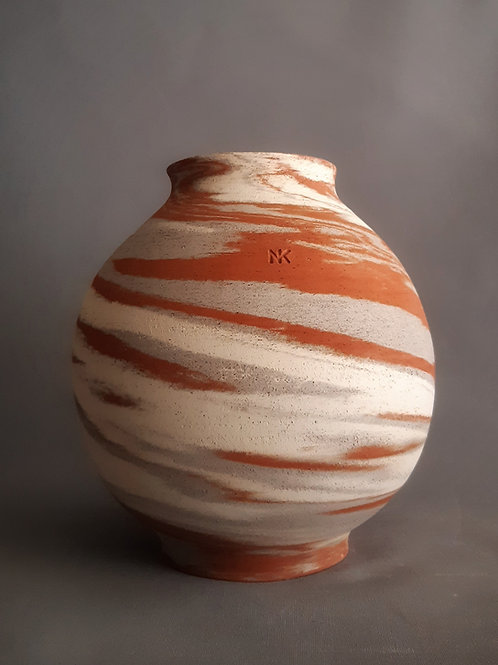M0034IL  Marble Vase Crater Series