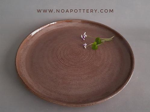 Big serving dish big plate chocolate glaze