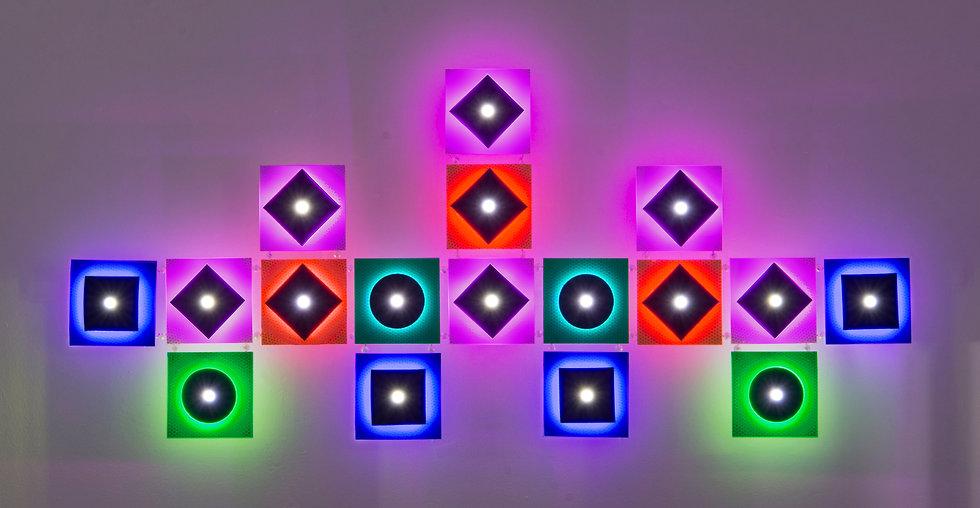 Carol_Salmanson_Lighshift_5_lightson_LED