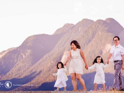 Stunning Pitt Lake Mountains for Family Photos