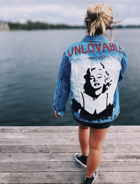 Hand painted denim @recollectiondenim on