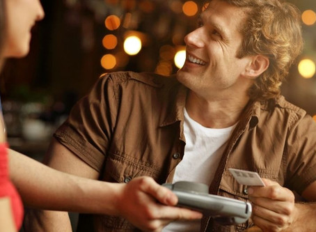 Is It Sexist To Expect Men To Pay For Dates?