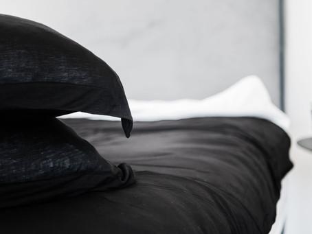 מצעים יוקרתיים של בית מלון בחדר השינה הפרטי