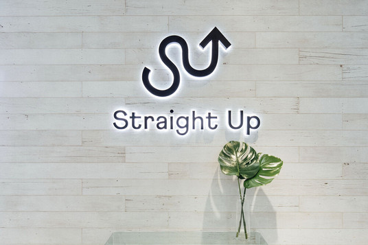 Straight Up Health - Entrance