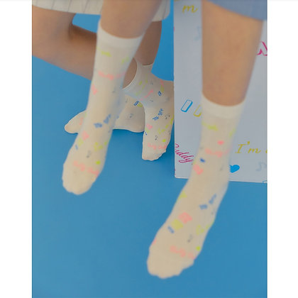 I HATE MONDAY Korean fashion socks (Mate Beige)