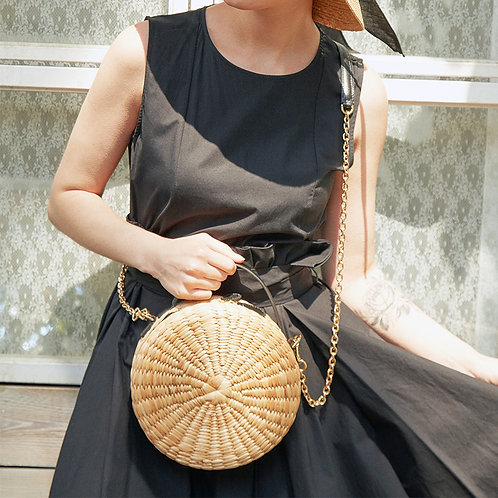 Le Biscuit Straw Bag - Black