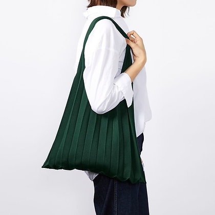PLEATSMAMA knit pleats shoulder bag (deep green)
