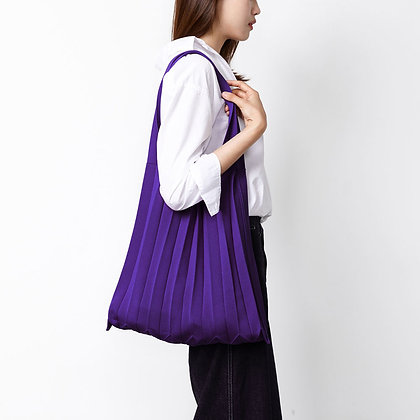 PLEATSMAMA knit pleats shoulder bag (purple)