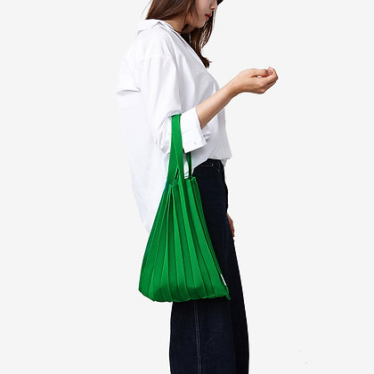 PLEATSMAMA knit pleats tote bag (green)