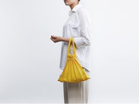 PLEATSMAMA knit pleats mini bubble bag (freesia)