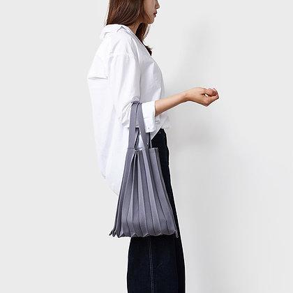 PLEATSMAMA knit pleats tote bag (grey)
