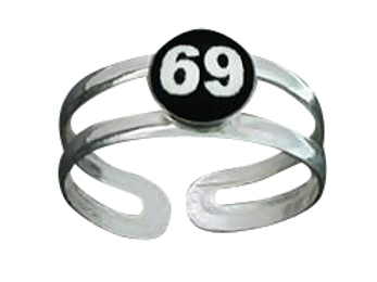 69 Oral Style Toe Ring