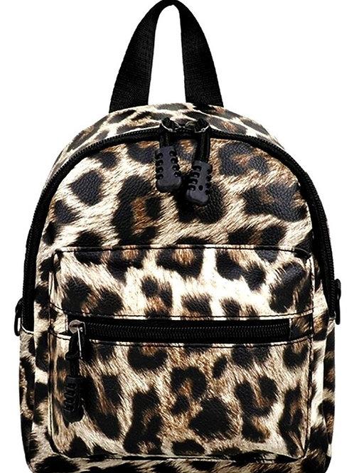 Realistic Leopard Backpack - Crossbody Pocketbook