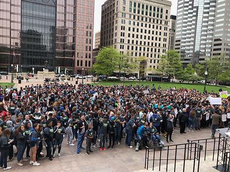 Crowd.jpg