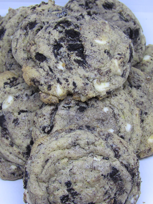 Cookies & Cream Cookies (2ct)
