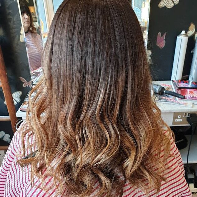 Fresh Ombre & Waves 💇♀️💆♀️ Done by M