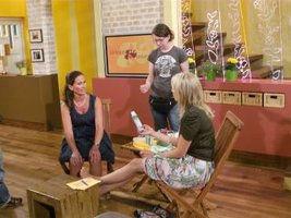 Andrea Becker-Schulmeister im WDR Studio zum Thema Heiße Füße im Jahr 2012