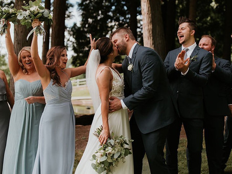 How to Be The Best Bridesmaid/Groomsman
