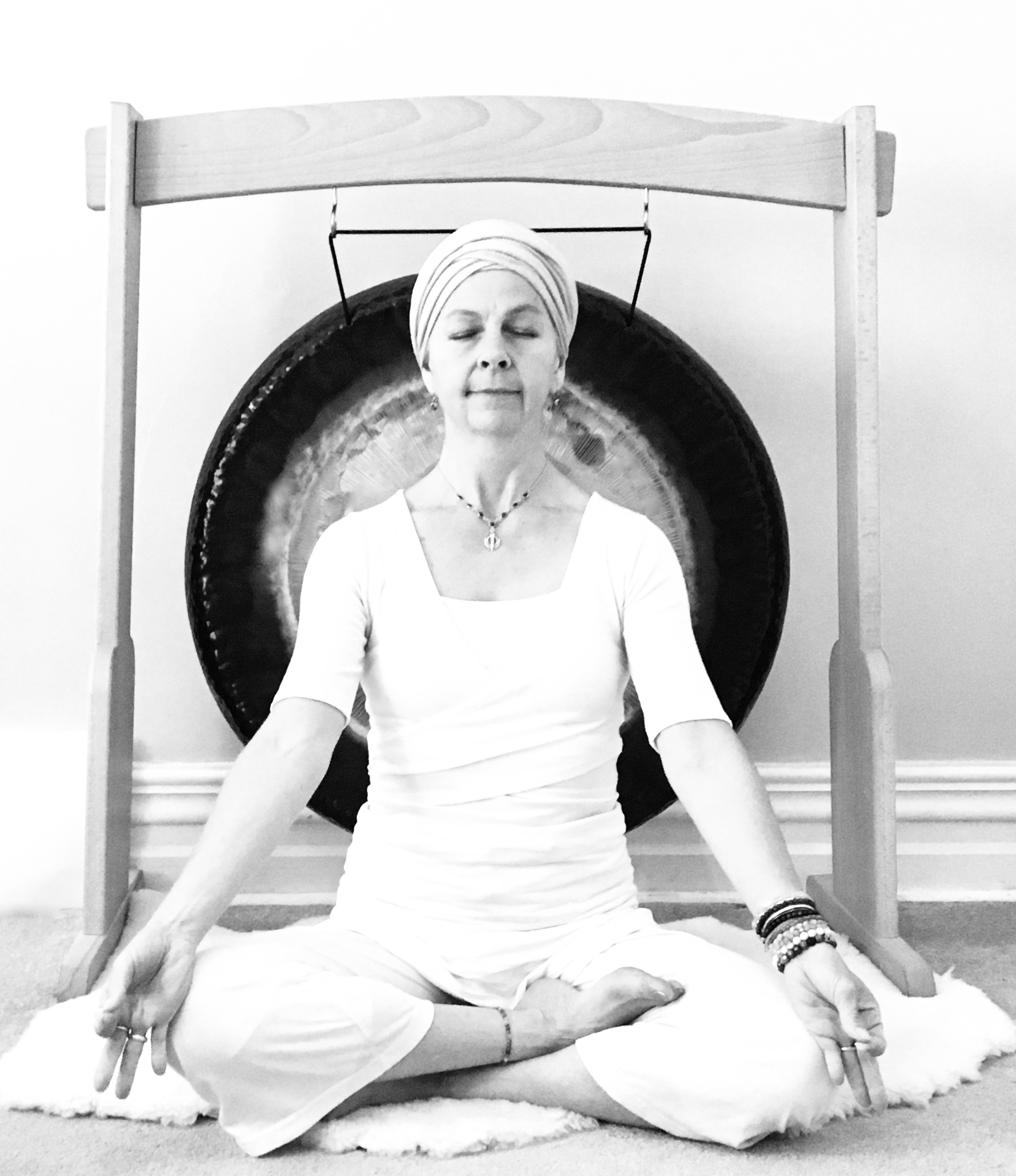 Trial or Drop-in Sunday Yoga on Zoom