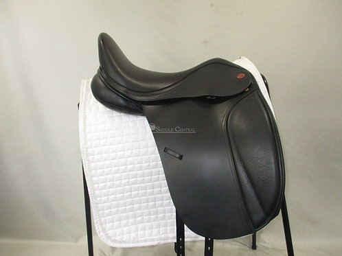 """Kent and Masters """"S"""" Series Dressage Saddle 17.5"""""""