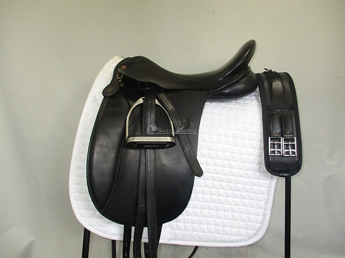 "Lovatt & Ricketts 17"" Dressage Saddle"