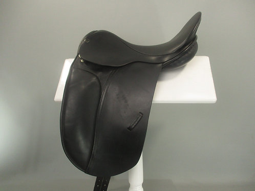 "County Competitor Dressage Saddle 16.5"" M"