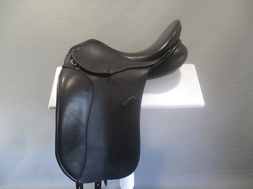 """Pessoa Euro Dressage Saddle 16.5"""""""