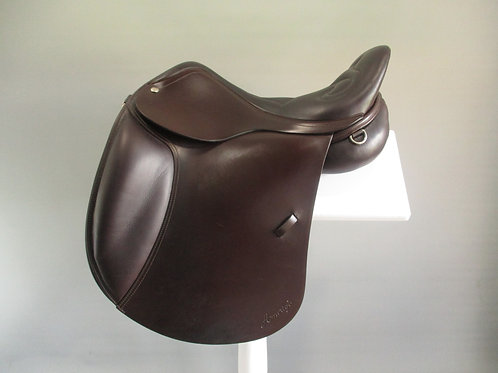 "Amerigo Endurance 4WD Saddle 17"" W/XW"