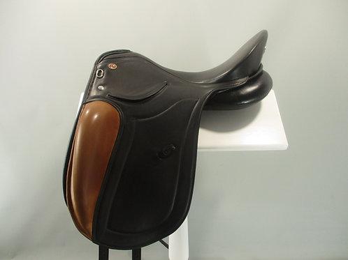 "Kieffer Piet Dressage Saddle 17"" M"