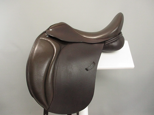 "Loxley by Bliss Dressage Saddle 17"" XW-XXW"