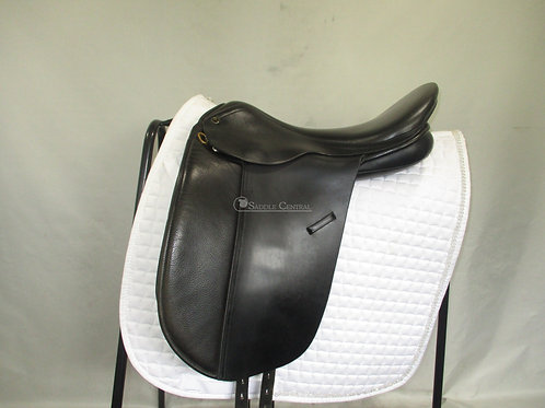 """Trainers Masters Show / Dressage Saddle 17"""""""